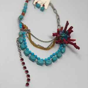Jewelry - Beautiful women's turquoise multilayer necklace